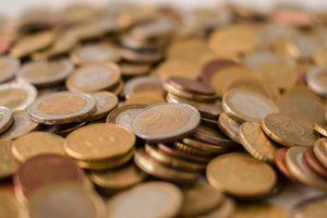 Hızlı para biriktirmek için tasarruf etmenin en etkili 10 yolu