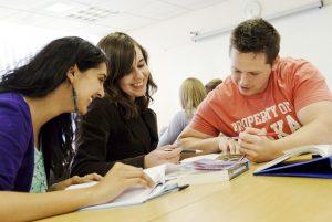 Lisans ve lisansüstü eğitim yaparken tasarruf etmenin 5 yolu